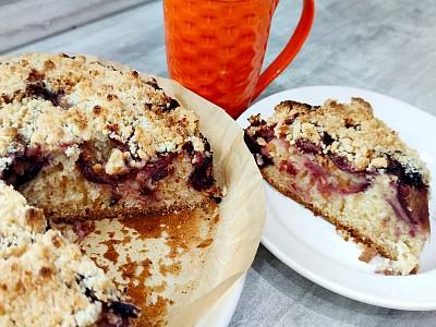 Сливовый пирог со штрейзелем по-немецки