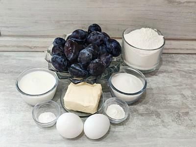 продукты для пирога со сливой и штрейзелем
